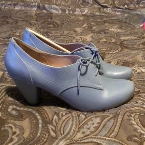 Vintage style shoes brand new in box!